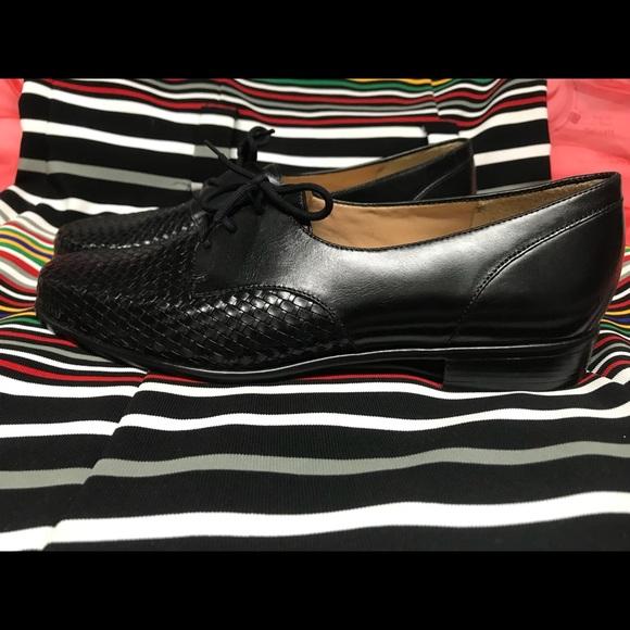 Trotters Shoes   Trotters Black Lizzie